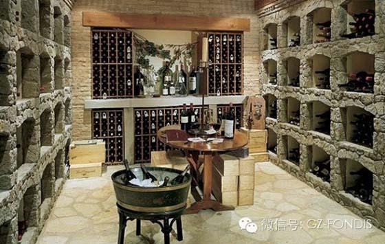方帝斯现代简约风格酒窖